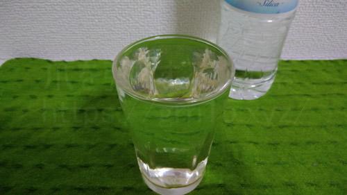 クリスタルシリカの水、シリカ水は無色透明